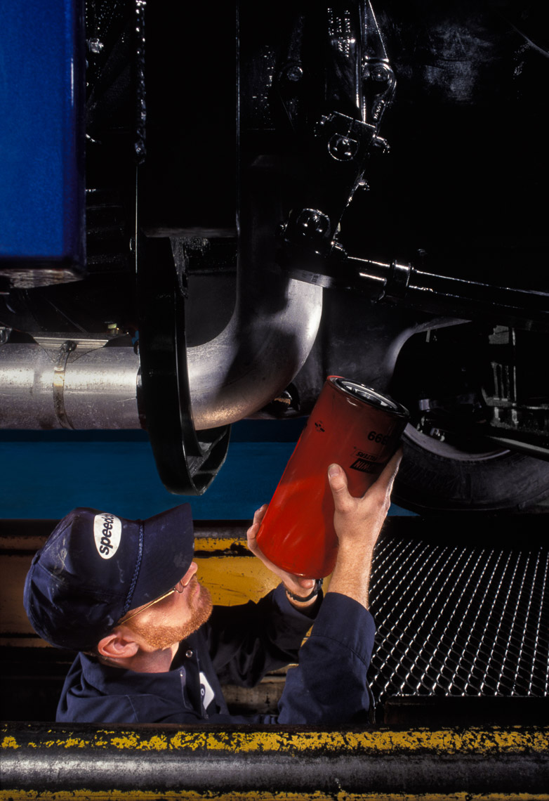 Speedco - Technician Installing Oil Filter